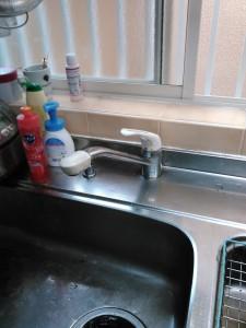 神戸市台所水のトラブル(修理前)